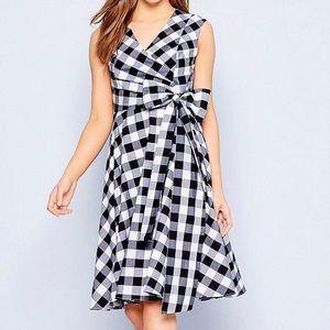 Calvin Klein Black & White Gingham dress sz 10